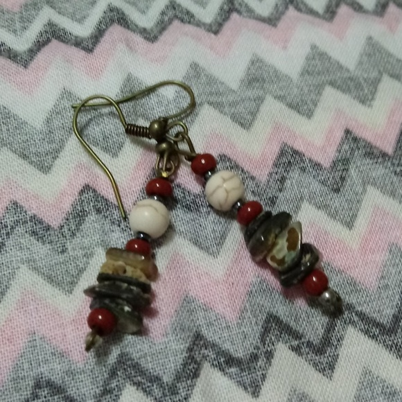 Handmade Jewelry - ❤5 FOR $25🍰ALL NATURAL STONE BEADED EARRINGS